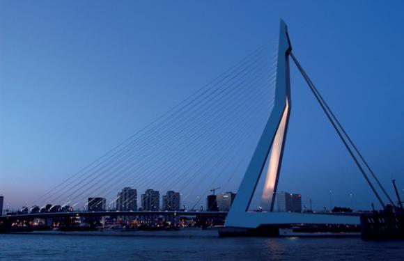 02. Erasmus Bridge, Rotterdam (The Netherlands)